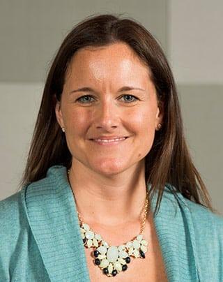 Portrait of Dr. Shannon Bennett