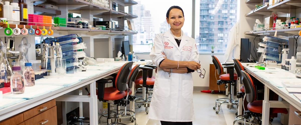Portrait of Dr. Lisa Newman