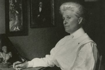 Photograph of Anna Maxwell.