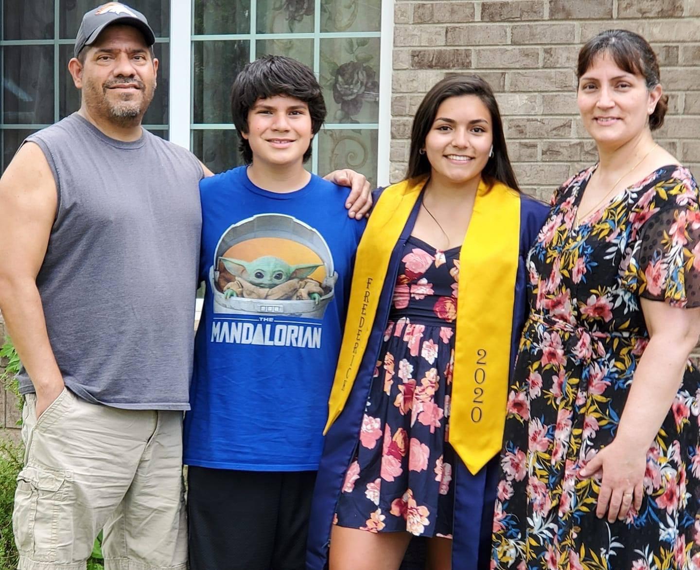 Tom Morales, organ recipient, with his family.