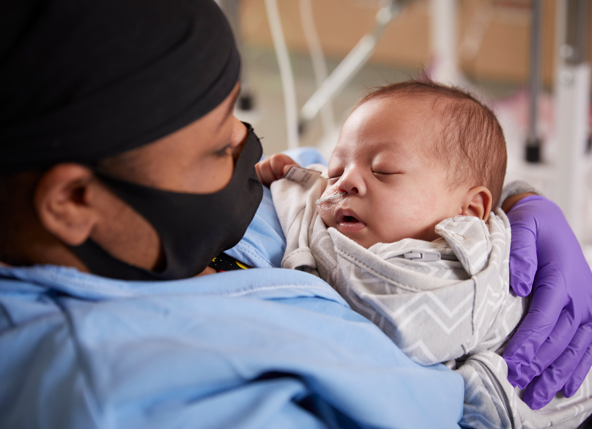 Quinaya Coleman and son Jamie in the NICU during the pandemic