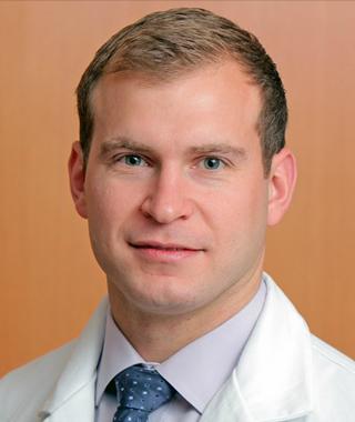 Dr. Marc Dyrszka